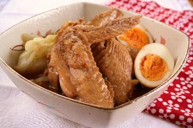 「鶏手羽とキャベツの煮物」