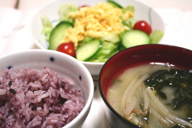 20060912gohan&salad.jpg