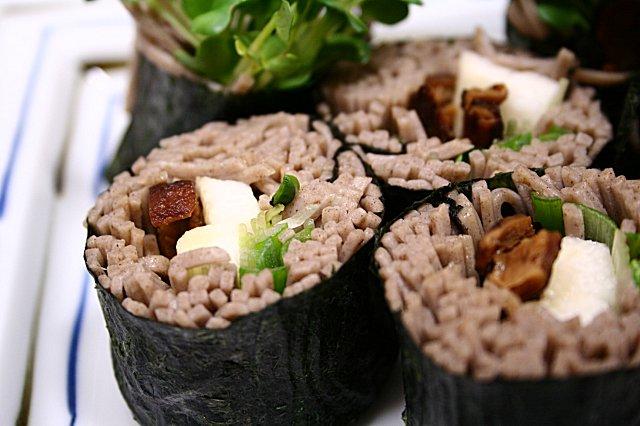 そばロール寿司2