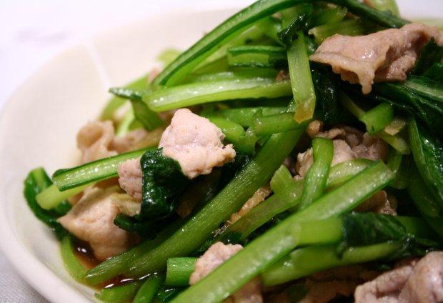 小松菜と豚肉の生姜炒め