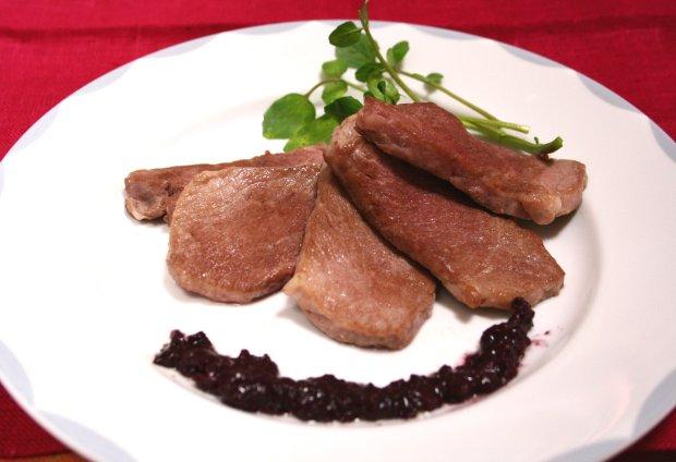 豚肉の赤ワインソース