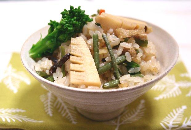 春の山菜ご飯