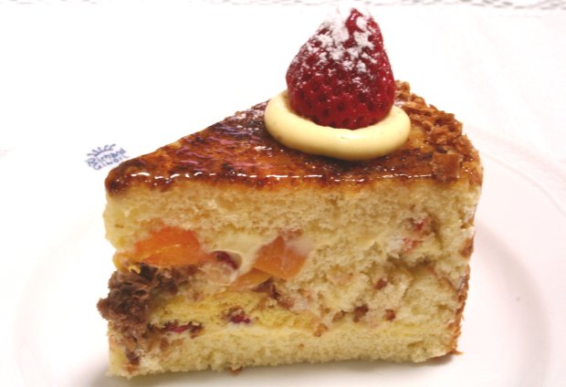 シンフォニーナガノのケーキ