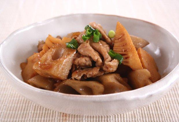 筍とレンコンの豚肉ピリ辛炒め1
