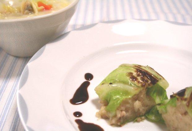 コロッケ風焼きロールキャベツ&豆乳クラムチャウダー