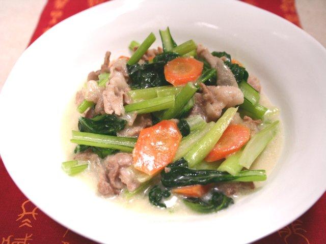 ターツァイと豚肉のミルク煮