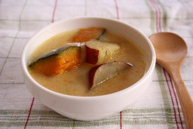 かぼちゃとおさつのミルクスープ