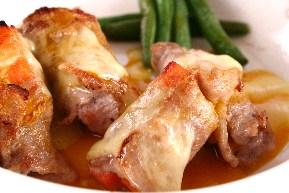 豚肉にんじんロール マンゴーチーズソース