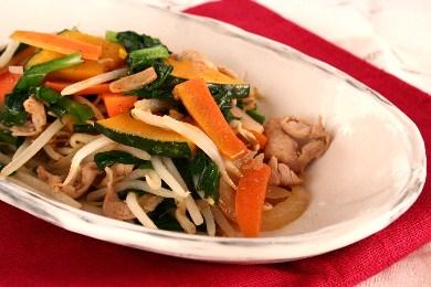 彩野菜のスタミナ炒め