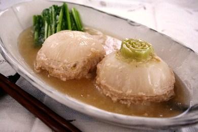 かぶの鶏挽肉はさみ 生姜あんかけ