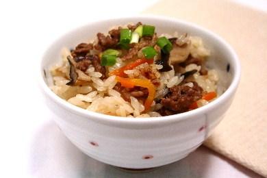 牛肉の炊き込みご飯