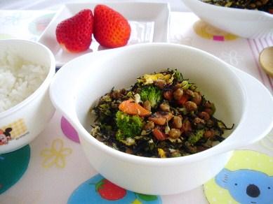 納豆と野菜のごっちゃ卵炒り