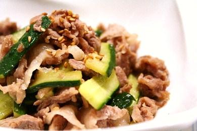 豚肉ときゅうりの中華風ポン炒め