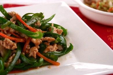 豚肉のチンジャオロース(青椒肉絲)