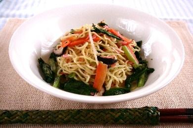 小松菜と小エビの塩焼きそば