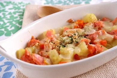 ころころ野菜と鮭のグラタン