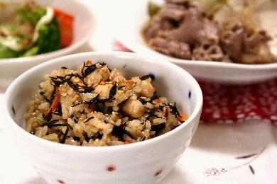 ひじきと大豆の玄米ご飯