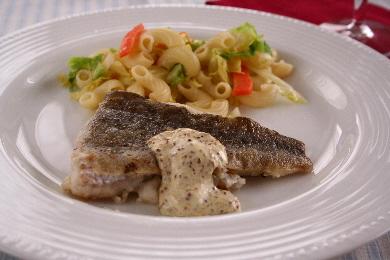 「鱈のソテー リジョンマスタードソース」