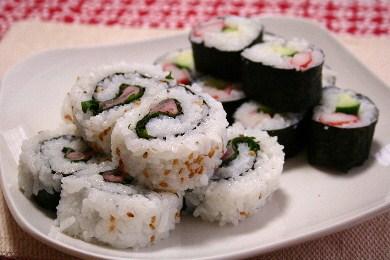 「大葉と紅生姜のロール寿司」