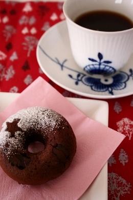 ココアチョコチップベイクドドーナツ&ネオトレビエ.jpg